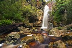 Snug Falls