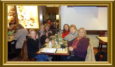 Marta, Dika, Norma, Adrimar, Nora y Mila