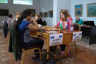 Echecs à Dilijan : Humpy Koneru (2597) 1-0 Anna Muzychuk (2593)