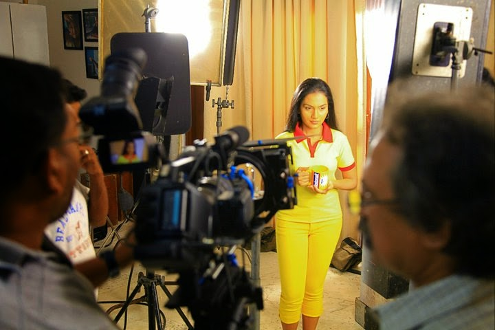chathurika peris Nestomalt TVC Shooting 2012
