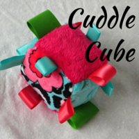 http://mselaineousteachessewing.blogspot.com/2013/06/the-cuddle-cube-free-pattern.html