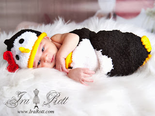 penguin hat and sleeping bag set for babies photo prop by IraRott