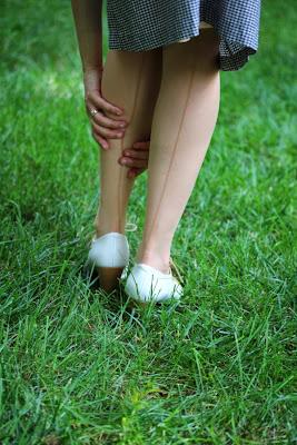 Retro Seamed Stockings on ChatterBlossom #vintage #lingerie #stockings