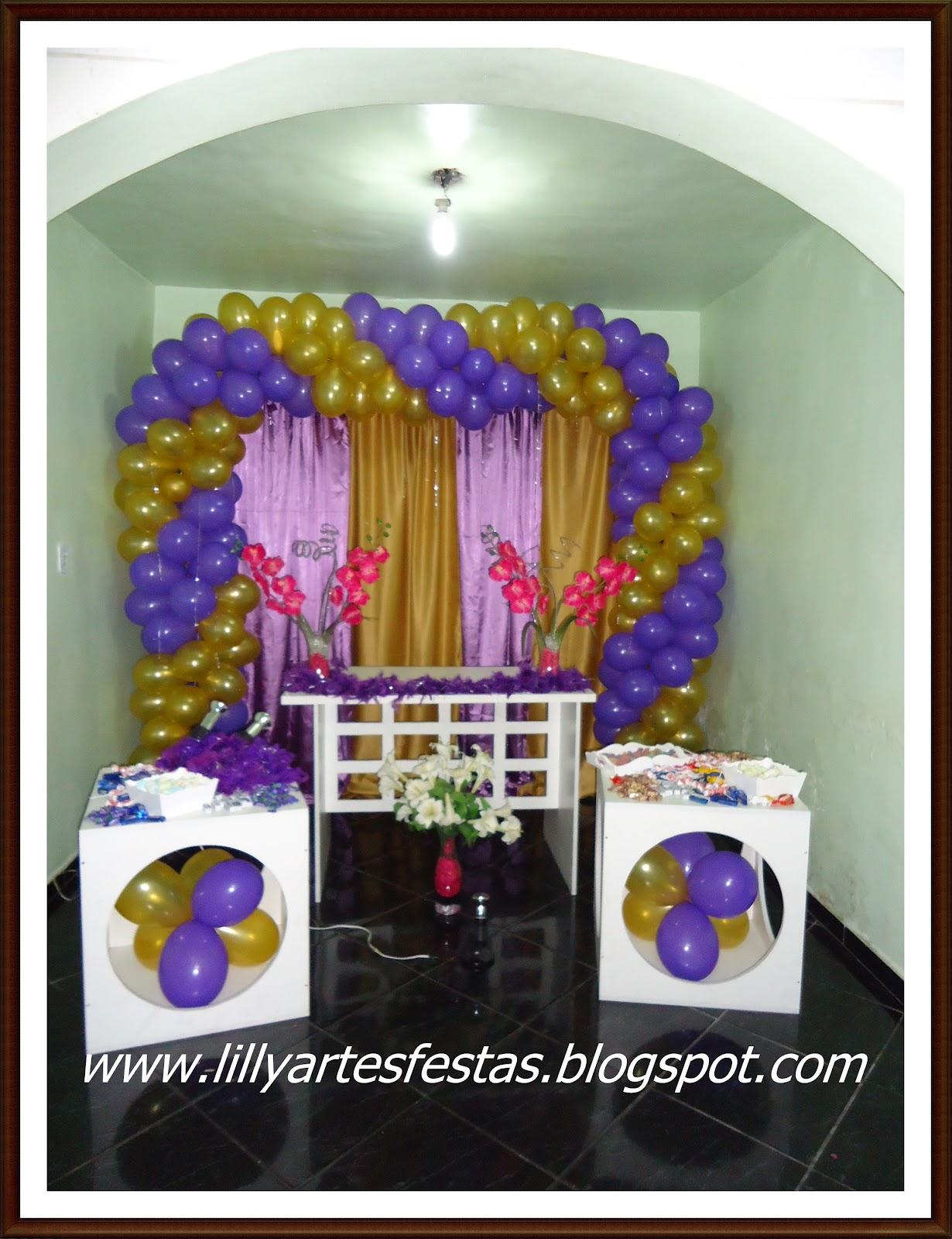Lilly Artes e Festas 15 anos lilás e dourado