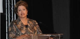 Dilma diz que vai zerar até março cadastro de famílias em extrema pobreza