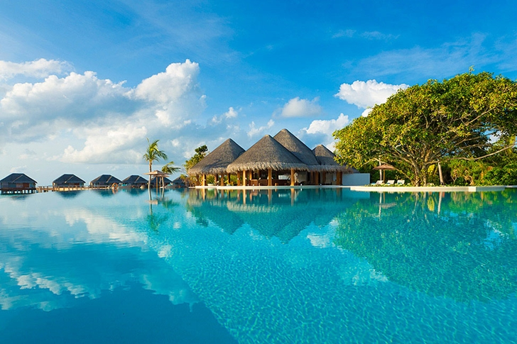 Huge swimming pool in Luxury Dusit Thani Resort in Maldives