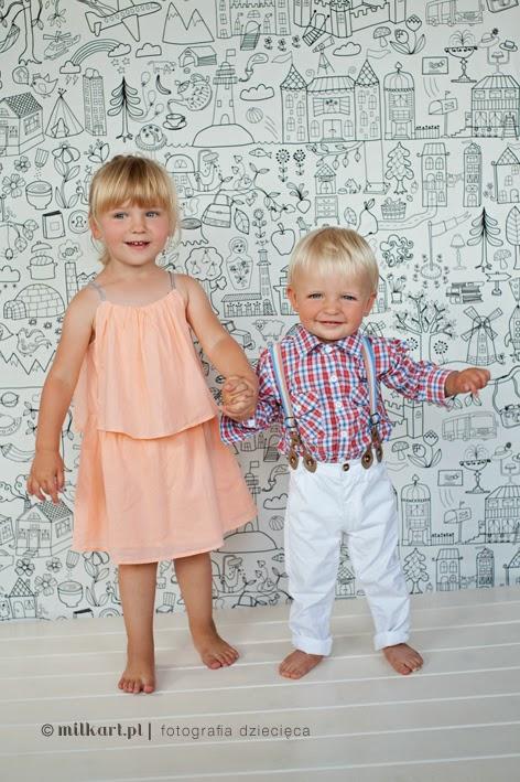 sesje fotograficzne niemowląt, fotografia dzieci, zdjęcia dzieci, profesjonalne sesje zdjęciowe,sesje 12msc