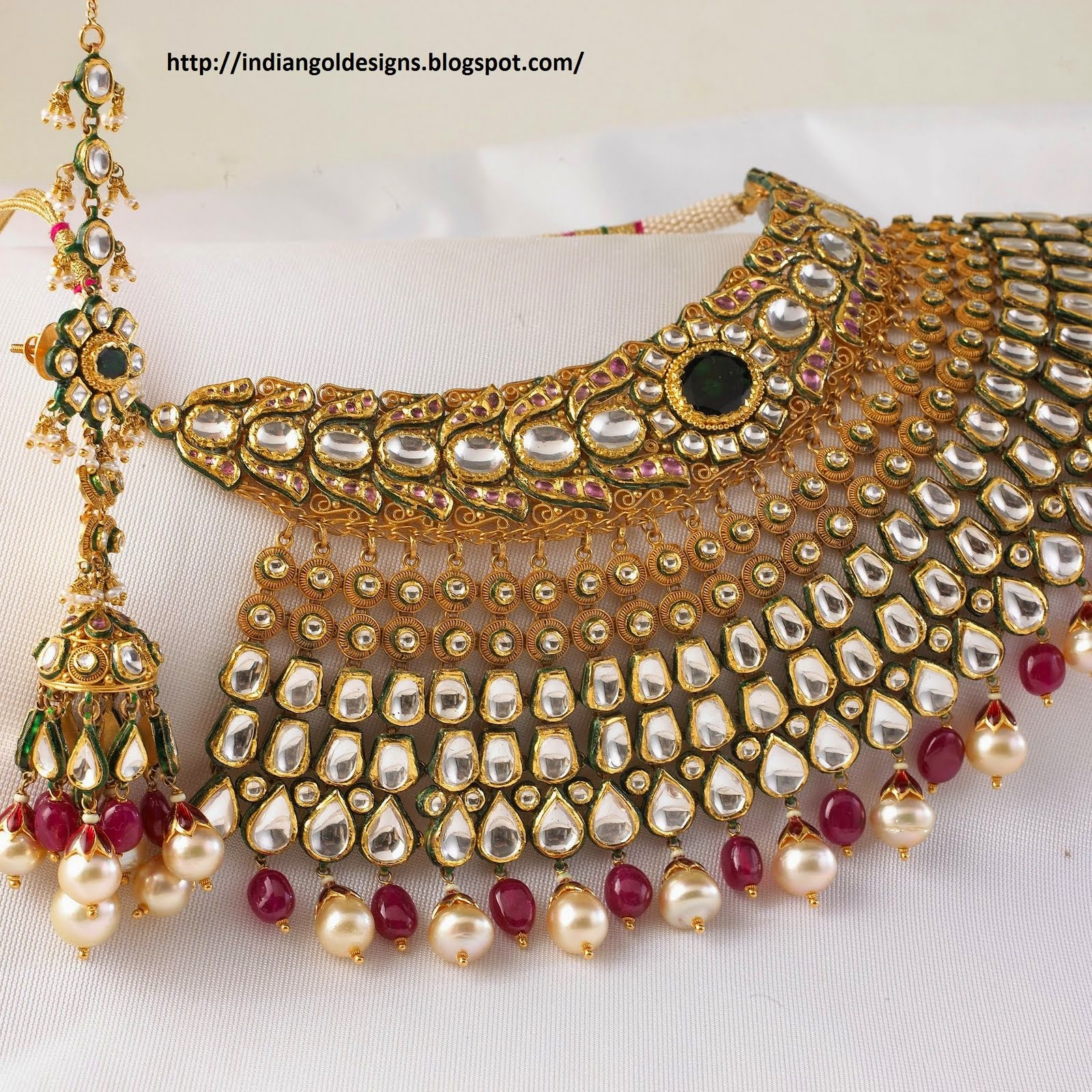 Traditional gold necklace designs catalogue