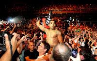 UFC 142 Rio - Jose Aldo vence por nocaute