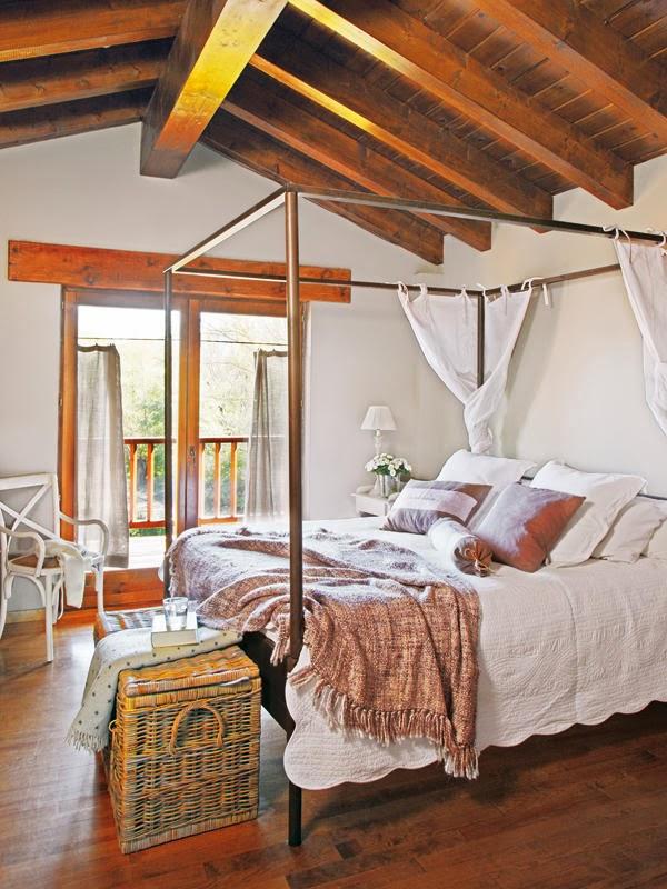 amenajari, interioare, decoratiuni, decor, design interior, rustic, lemn, dormitor, mansarda