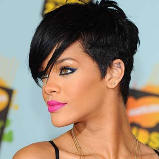 Rihanna ft. Chris Brown - Birthday Cake Remix Lyrics | Letras | Lirik | Tekst | Text | Testo | Paroles - Source: musicjuzz.blogspot.com