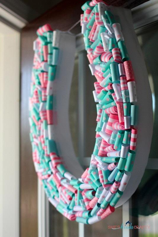 birthday party details horseshoe wreath - Horseshoe Christmas Wreath