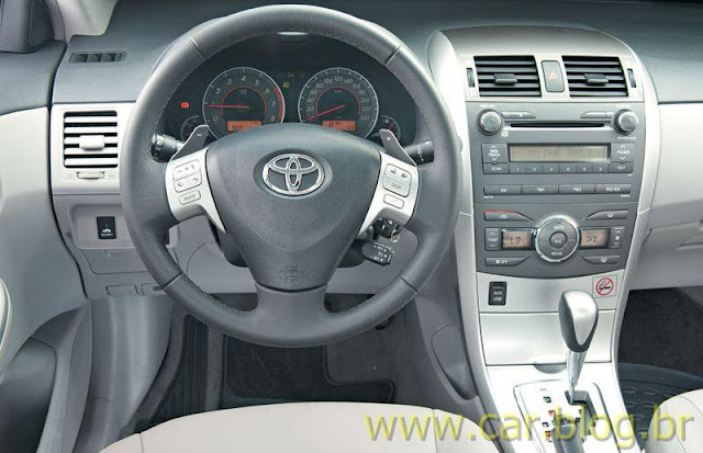 Toyota Corolla XEi 2.0 AT 2012 - painel