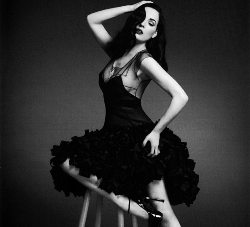 Dresses burlesque style