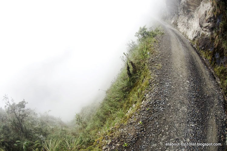 South yungas road chulumani road exists that connects la paz to