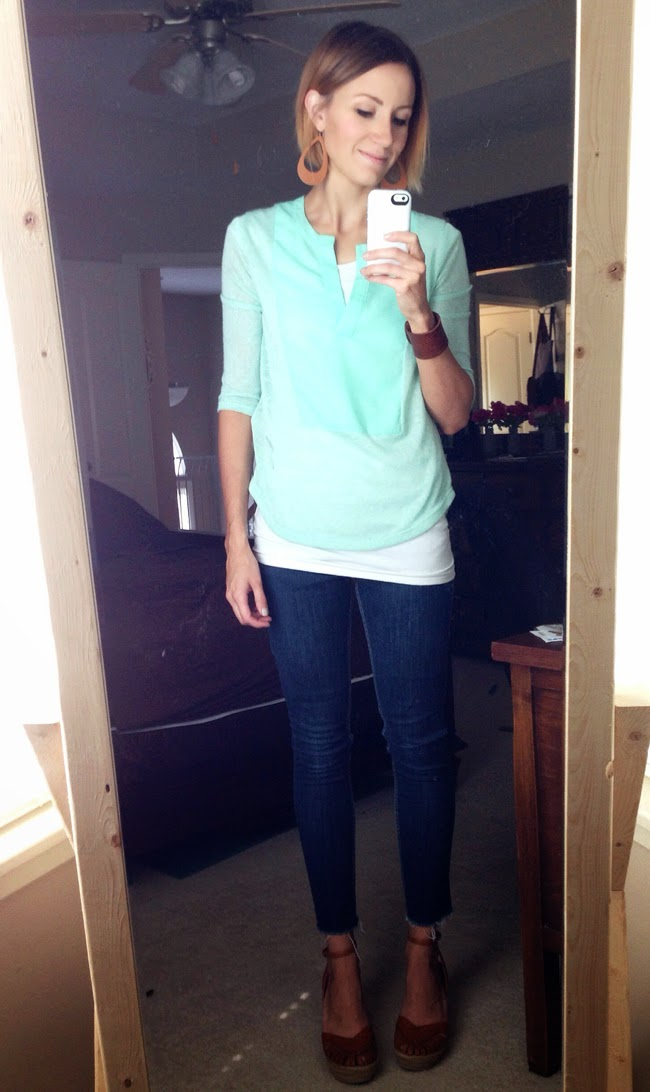 Mint blouse, dark skinny jeans and wedges