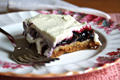 Blueberry cheesecake squares - Blueberries sandwiched between a thin cheesecake layer and sweet whipped cream