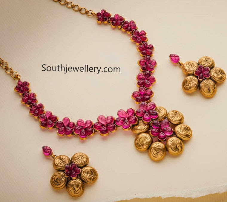 Fascinating Antique Ruby Necklace - Jewellery Designs