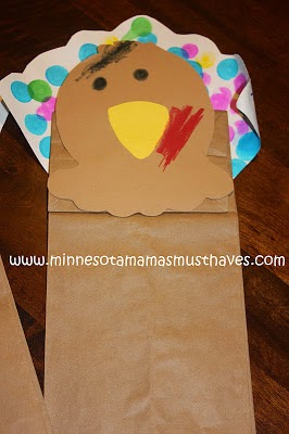 http://musthavemom.com/2011/11/thanksgiving-toddler-craft-turkey.html