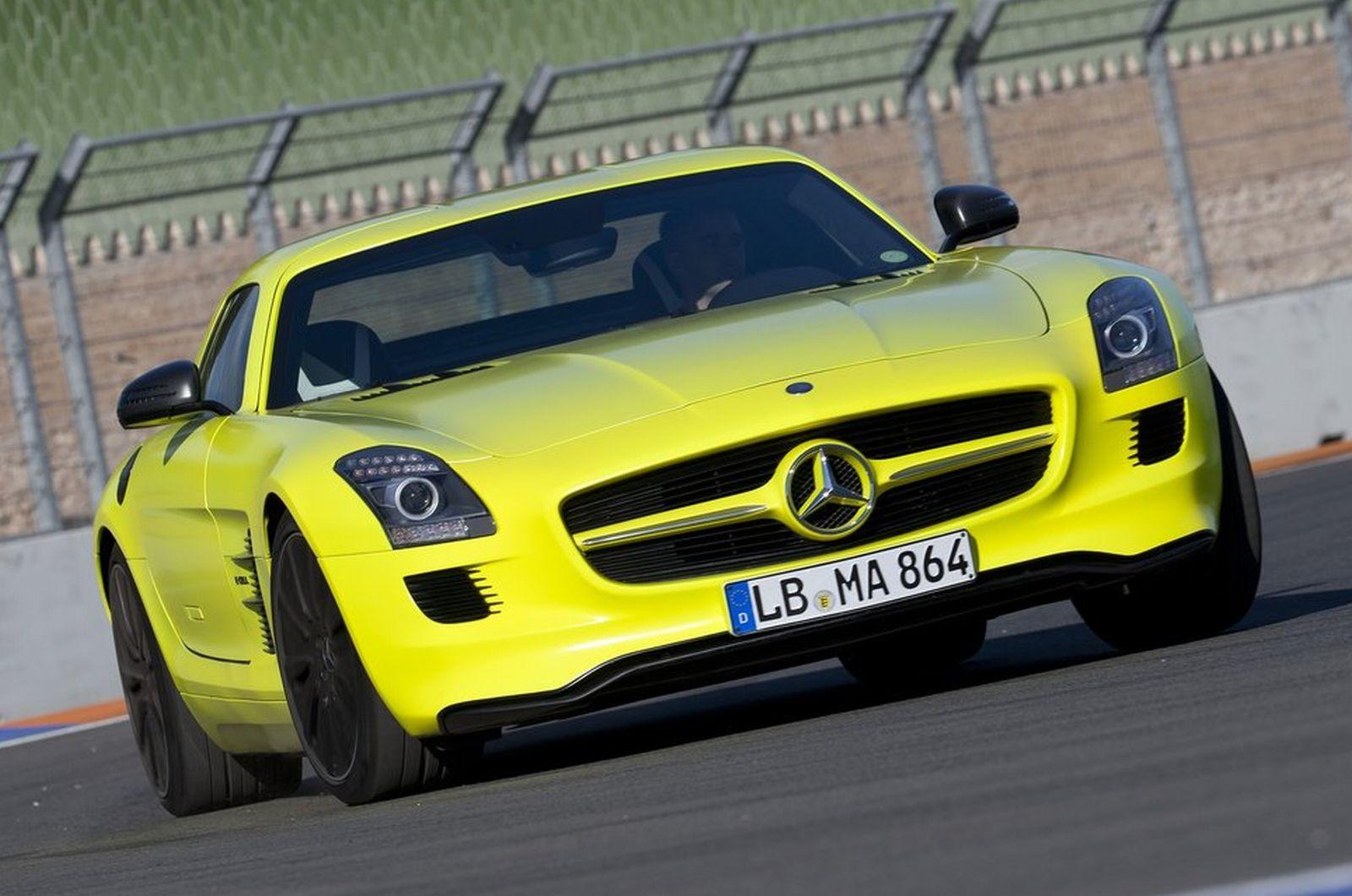 Sport car garage mercedes benz slc amg 2015 for Sport car mercedes benz