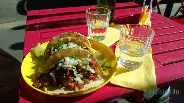 tacos at Cholo