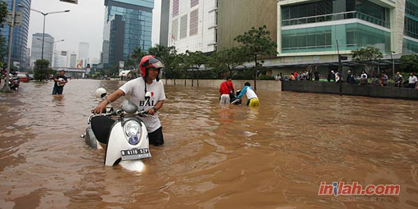 Tips Jika Sepeda Motor Terkena Banjir