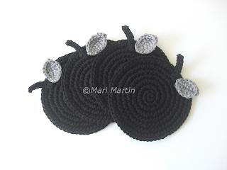 Crochet Coasters Black Apples