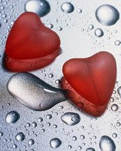 3D srca i kapljice vode download besplatne pozadine slike za mobitele
