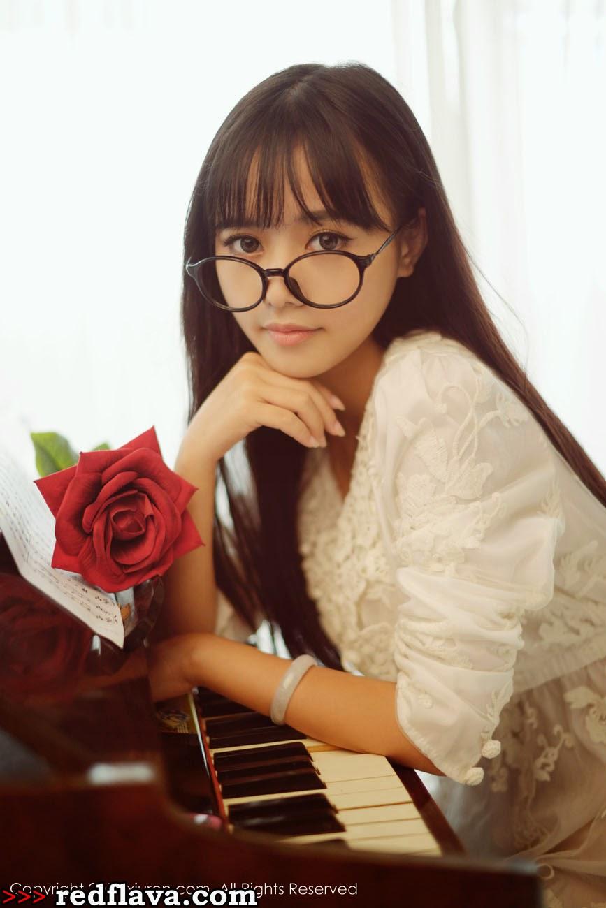 Toro Yu Zhu Maid Costume, School girl