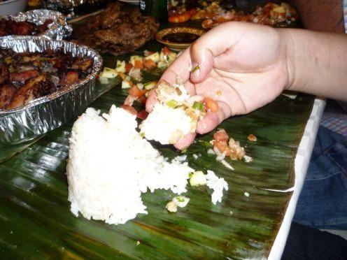 Makan Pakai Tangan http://www.gudangnews.info/