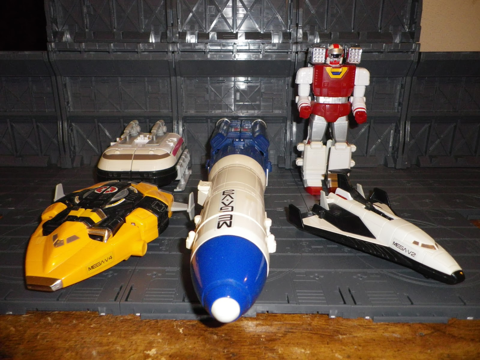 power ranger space shuttle - photo #29