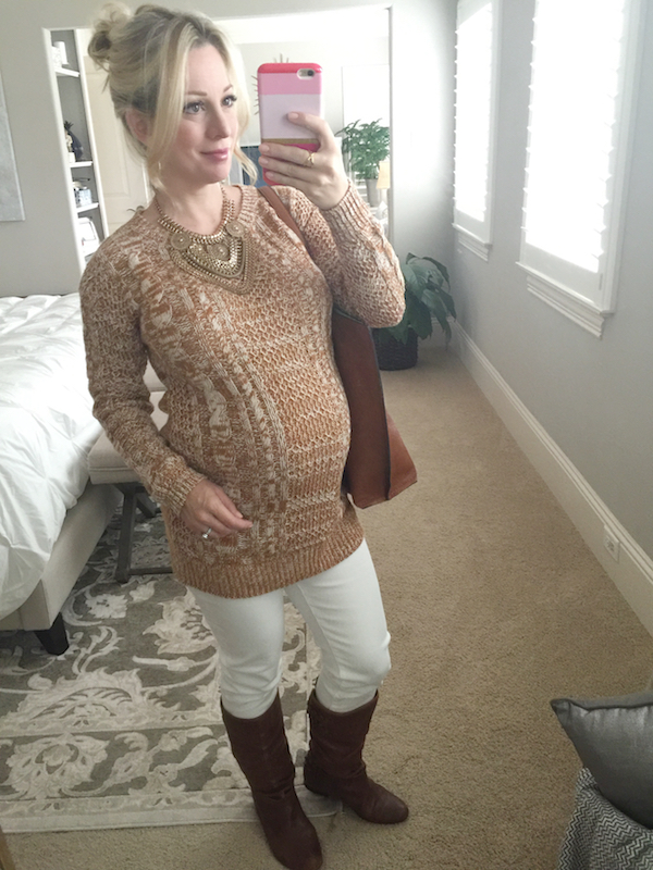 Fall outfit inspiration, tan and white #pregnancystyle #dressingthebump
