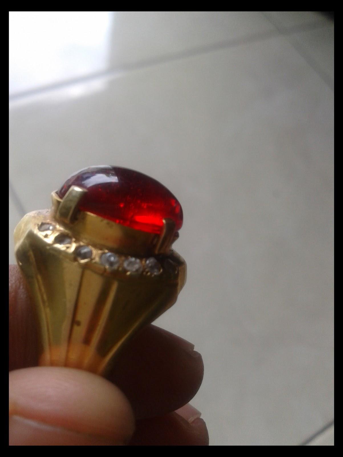 Batu Merah Siam Kalimantan