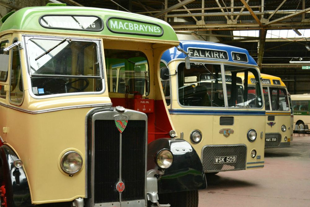 macbraynes vintage bus glasgow bridgeton bus garage vintage vehicle trust doors open day