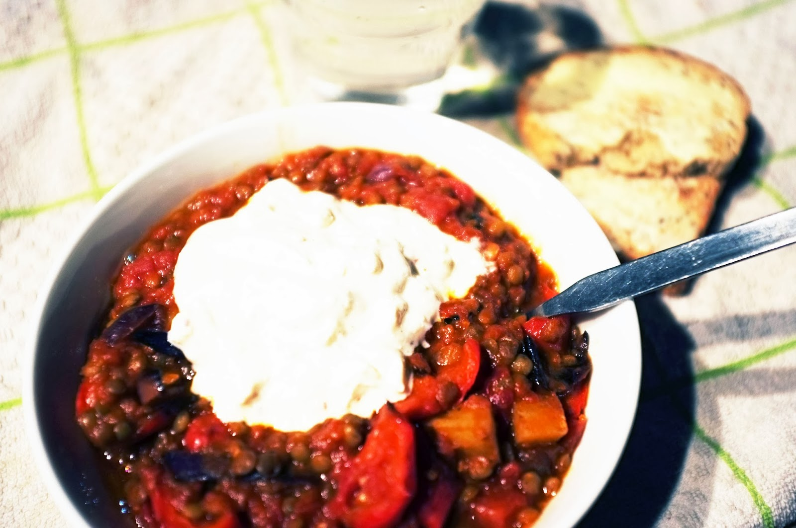 ... : Roasted Pepper and Green Lentil Tomato Soup with Feta Cheese Dip