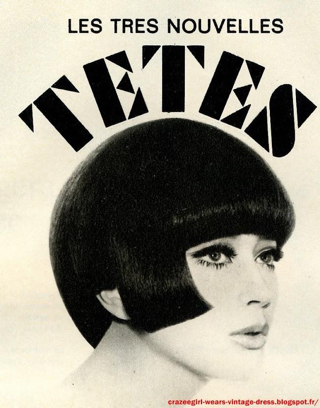Aux dernières collections, le célèbre coiffeur londonien Vidal Sassoon, accompagné de sa fameuse paire de ciseaux courts, est venu exprès à Paris pour couper les cheveux des mannequins du plus futuriste des couturiers, Ungaro, l'ex-second d' André Courrèges. Ses coupes révolutionnaires, asymétriques, architecturées ont été l'événement du mois d'août dans le monde de la mode. Si bien que les grands coiffeurs parisiens, pris d'émulation, se sont aussi laissés aller à leur fantaisie. Un vent de folie gentille a soufflé : c'est le règne de la géométrie.  Thérèse Chardin, cette coupe ciselée, ultra-précise, super-lisse : lignes droites et angles aigus. vintage hairstyle haircut hairdo 1965 mod modette bob skinhead girl Toujours  lisse,   toujours casque, toujours à lignes  droites,   une   coupe  géométrique de René Bourgeois.Géométrie : Précision, mais aussi douceur : une coiffure d'Elrhodes. A noter : l'arrondi qui dégage l'oreille et la nuque en pointe qui prolonge la ligne. La même coupe, mais habillée pour le soir d'une  minuscule mèche postiche posée sur  la nuque. Elrhodes Thérèse Chardin. Toujours des chevaux lisses, des lignes droites, une extrême précision ; pour accentuer encore le côté japonais, un gros nœud de cheveux laqués.