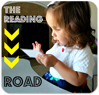 Preschool reading activity!  Helps teach children to blend letter sounds and read words.