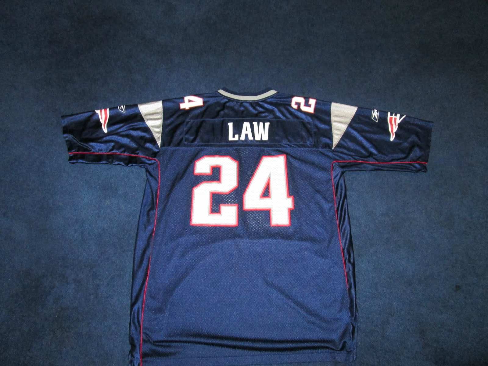 Vintage10916 Store: Vintage Reebok Ty Law 24 New England Patriots Jersey