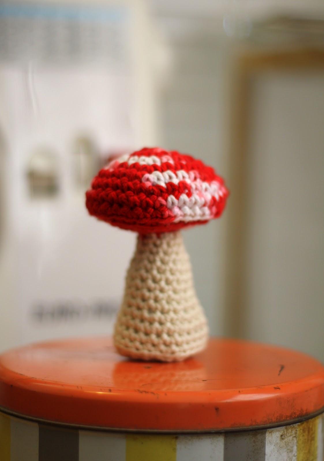 Oh The Cuteness Mini Mushroom Amigurumi Pattern