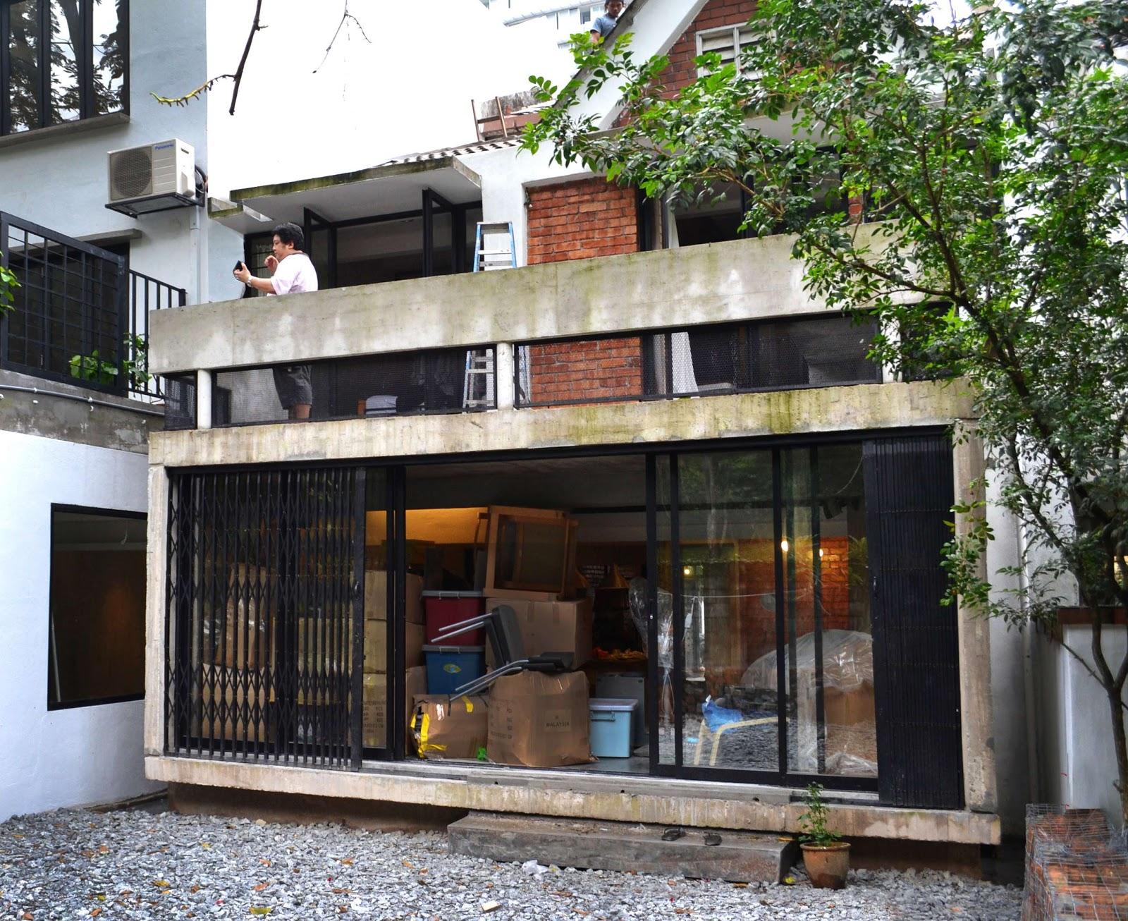 Concrete Box Insertion House Tetawowe Atelier