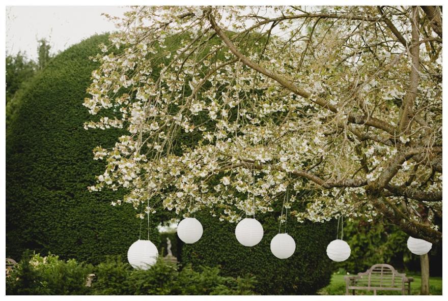 An Exquisite English Country Garden Spring Wedding - The Reception
