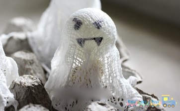 Handmade Halloween ghosts for decorations 3