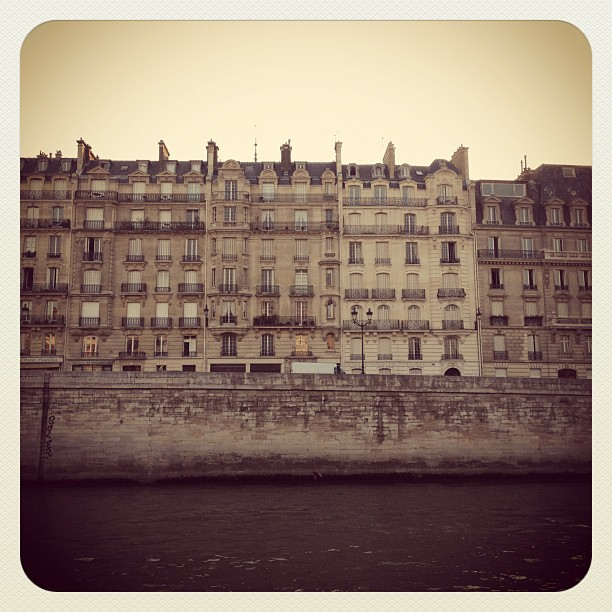 view from ile saint louis, les quais de seine, paris