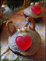 http://czerrrwonaporzeczka.blogspot.com/2014/12/muffinki-reniferki.html
