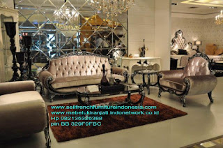 Sofa ukir jepara Jual furniture mebel jepara sofa tamu klasik sofa tamu jati sofa tamu antik sofa tamu jepara sofa tamu cat duco jepara mebel jati ukir jepara code SFTM-22003 SOFA TAMU SET KLASIK UKIR JEPARA