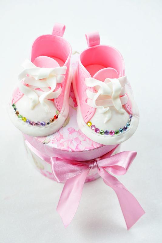 kessy 39 s pink sugar babyschuhe als cake topper tutorial. Black Bedroom Furniture Sets. Home Design Ideas