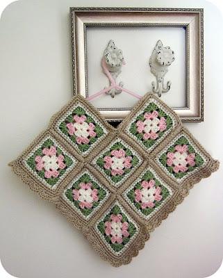 crochet-granny-square-poncho