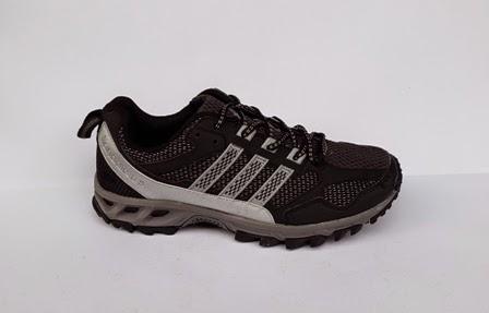 sepatu adidas kanadia warna hitam