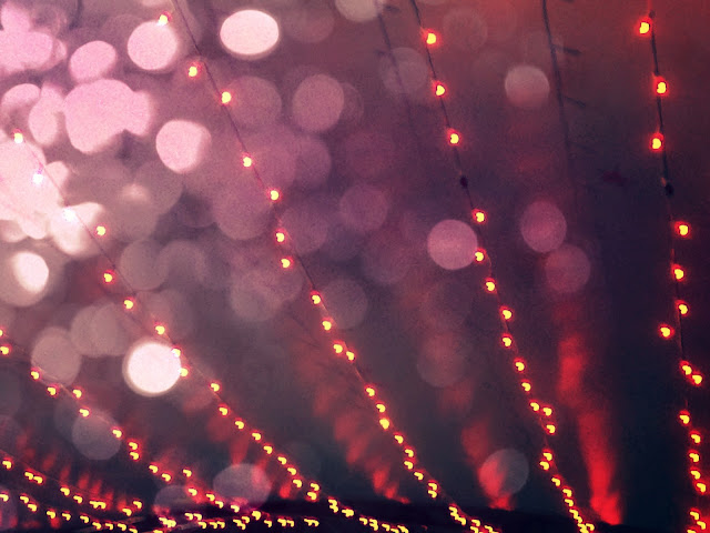 abstract photography, pink lights, hearts, bokeh light