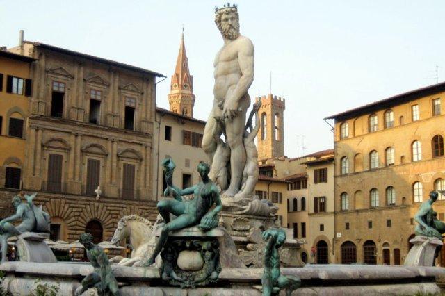 Fuente de Neptuno en la Piazza della Signoria en Florencia, Firenze